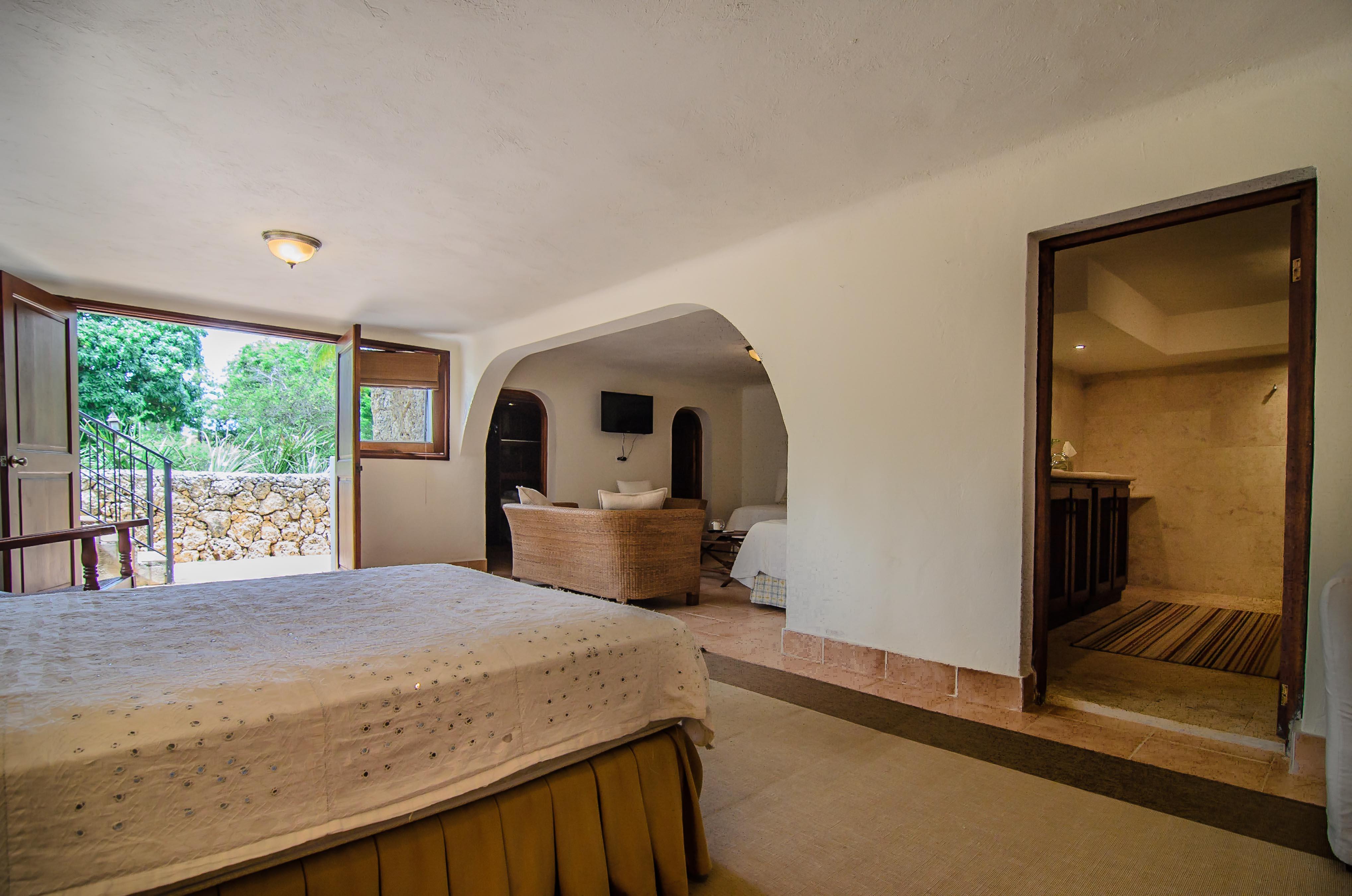 Casa de campo los tamarindos villa garden real for Casa de campo villas